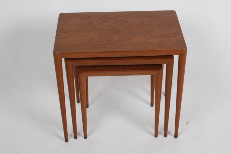 Mid-20th Century Vintage Danish Modern Set of 3 Teak Nesting Tables Retailed by Illums Bolighus For Sale
