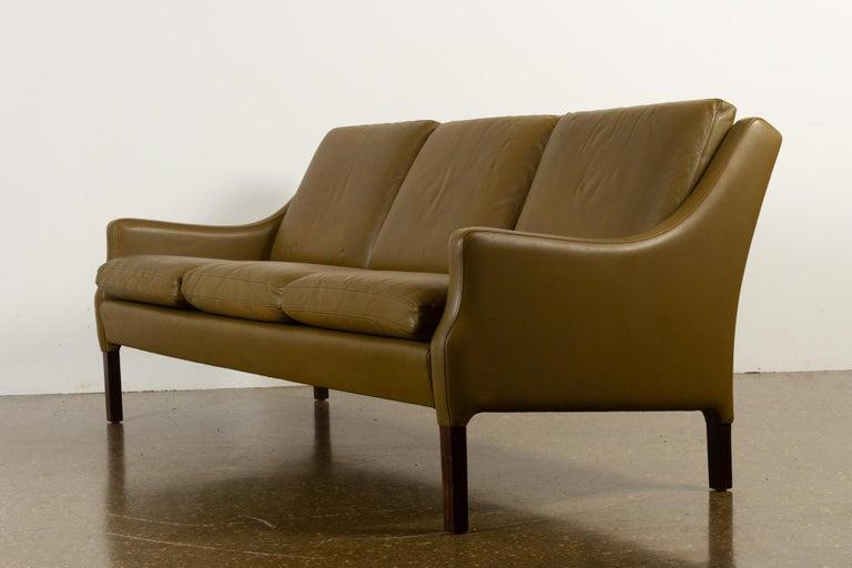 Vintage Danish Olive Green Leather Sofa, 1960s For Sale 7
