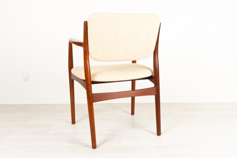 Vintage Danish Teak Armchair, 1950s In Good Condition For Sale In Nibe, Nordjylland