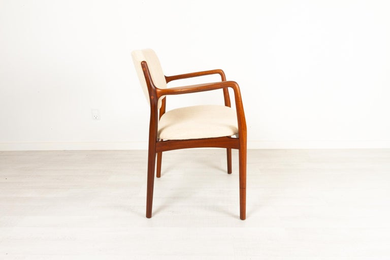 Vintage Danish Teak Armchair, 1950s For Sale 1