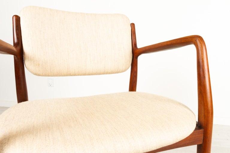 Vintage Danish Teak Armchair, 1950s For Sale 4