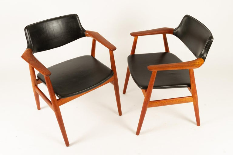 Mid-20th Century Vintage Danish Teak Armchairs GM11 by Svend Aage Eriksen 1960s Set of 8 For Sale