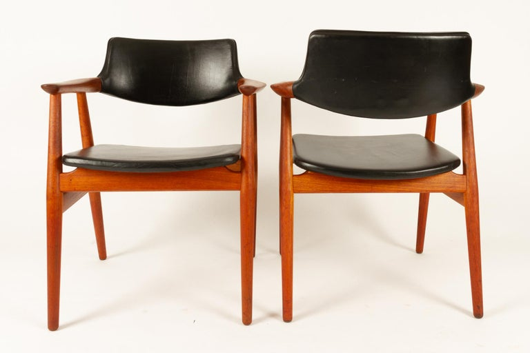 Leather Vintage Danish Teak Armchairs GM11 by Svend Aage Eriksen 1960s Set of 8 For Sale