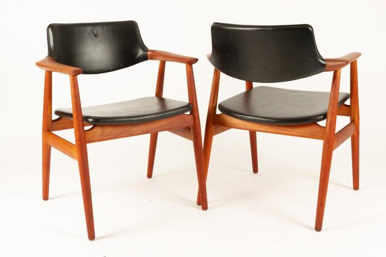 Vintage Danish Teak Armchairs GM11 by Svend Aage Eriksen 1960s Set of 8 For Sale 1