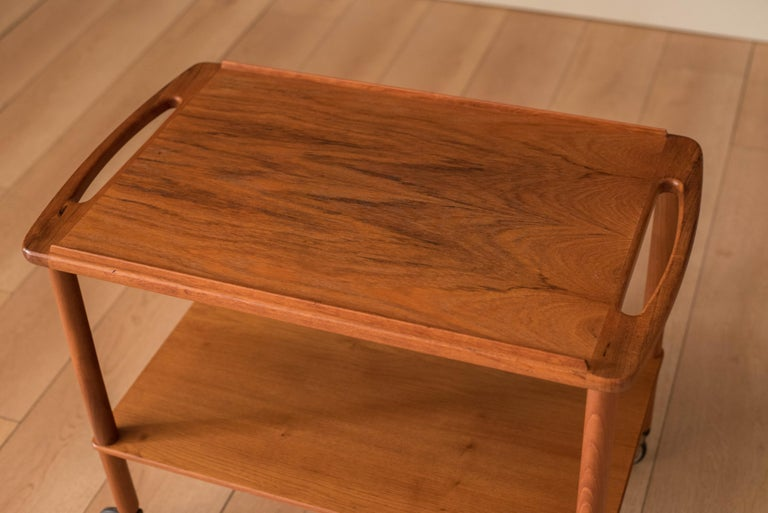 Vintage Danish Teak Bar Cart by Bowa In Good Condition For Sale In San Jose, CA