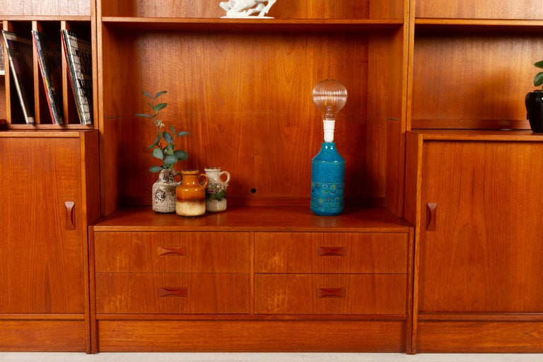 Vintage Danish Teak Bookcase by Clausen & Søn, 1960s For Sale 11