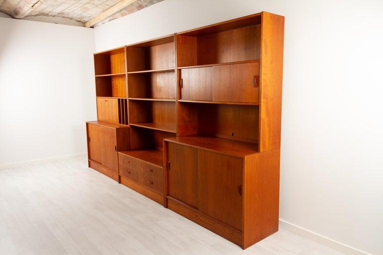 Mid-20th Century Vintage Danish Teak Bookcase by Clausen & Søn, 1960s For Sale