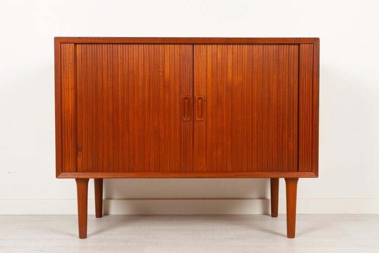 Vintage Danish Teak Cabinet with Tambour Doors by Lyby Møbler, 1960s In Good Condition For Sale In Nibe, Nordjylland
