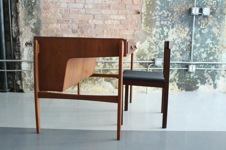 Vintage Danish Teak Desk with chair by Svend Madsen In Good Condition For Sale In Chicago, IL
