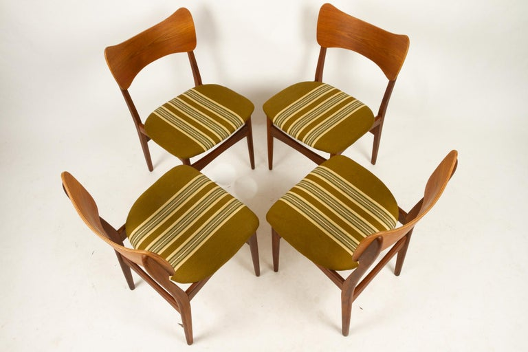 Vintage Danish Teak Dining Chairs 1960s Set of 4 In Good Condition For Sale In Nibe, Nordjylland