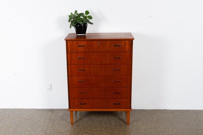 Vintage Danish Teak Dresser, 1960s For Sale 10