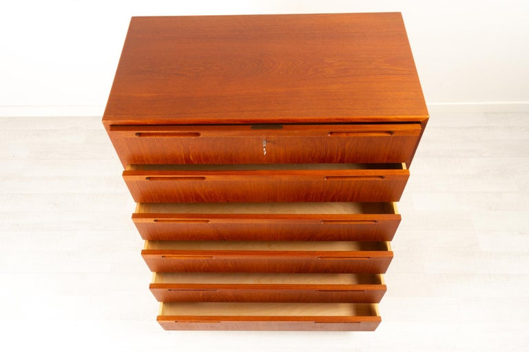 Vintage Danish Teak Dresser, 1960s For Sale 4