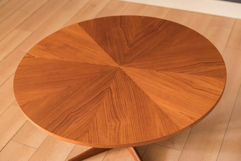 Vintage Danish Teak Occasional Coffee Table by Søren Georg Jensen for Kubus In Good Condition For Sale In San Jose, CA