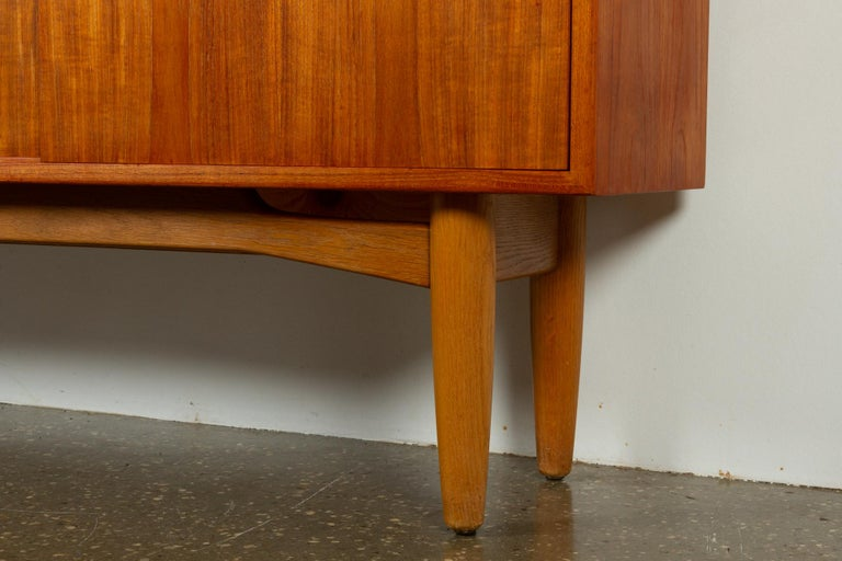 Vintage Danish Teak Sideboard, 1960s For Sale 9