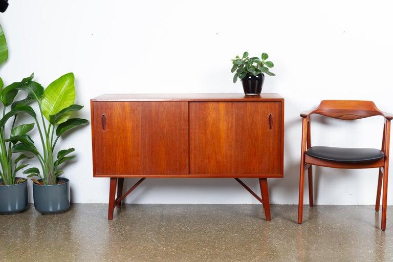 Vintage Danish Teak Sideboard, 1960s For Sale 10