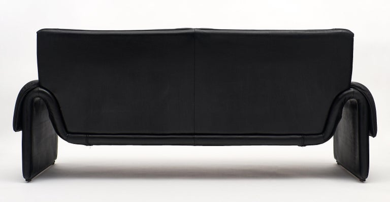Vintage De Sede Black Leather Sofa For Sale 4