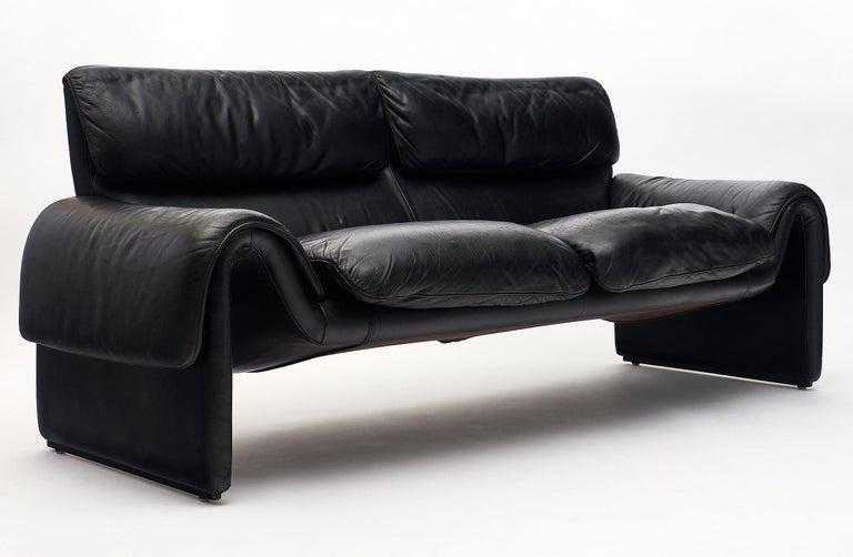 Swiss Vintage De Sede Black Leather Sofa For Sale