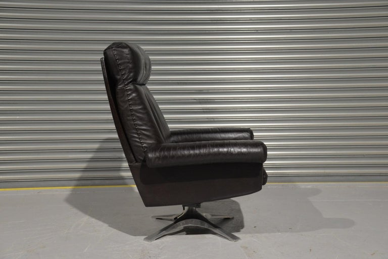 Vintage De Sede DS 31 High Back Leather Swivel Armchair with Ottoman, 1970s 4