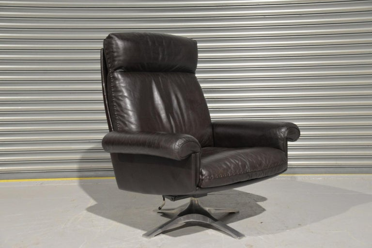 Vintage De Sede DS 31 High Back Leather Swivel Armchair with Ottoman, 1970s 5