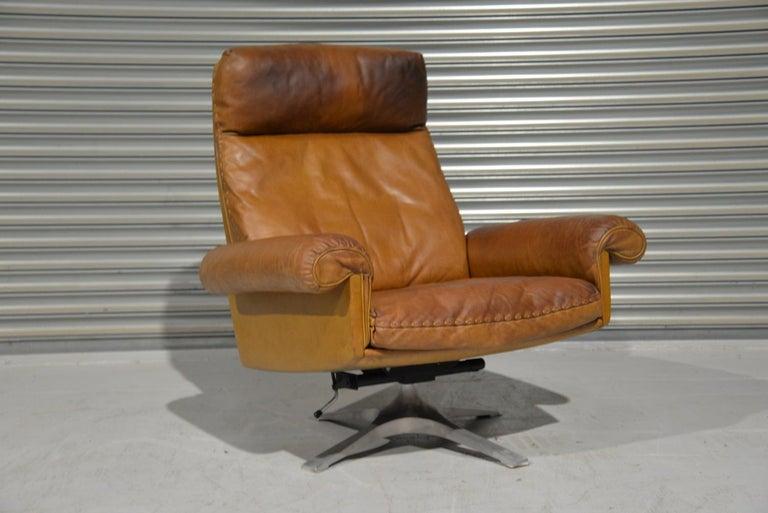 Vintage De Sede DS 31 Leather Swivel Armchair with Ottoman, Switzerland 1970s 6