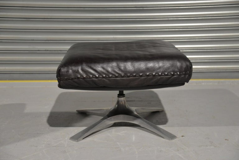 Vintage De Sede DS 31 High Back Leather Swivel Armchair with Ottoman, 1970s 11