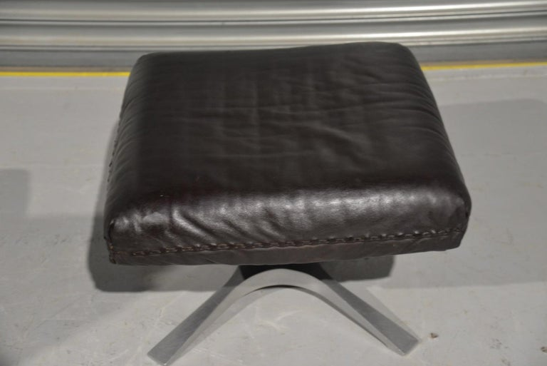 Vintage De Sede DS 31 High Back Leather Swivel Armchair with Ottoman, 1970s 12