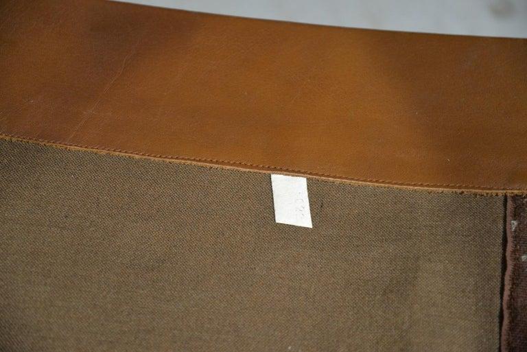 Vintage De Sede DS 31 Leather Swivel Armchair with Ottoman, Switzerland 1970s 12