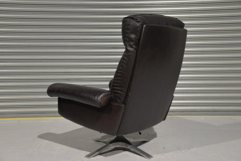 Vintage De Sede DS 31 High Back Leather Swivel Armchair with Ottoman, 1970s 1