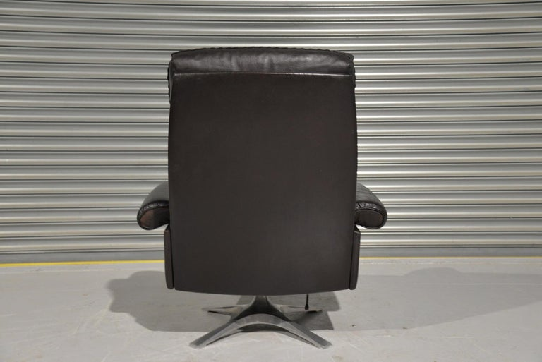 Vintage De Sede DS 31 High Back Leather Swivel Armchair with Ottoman, 1970s 2
