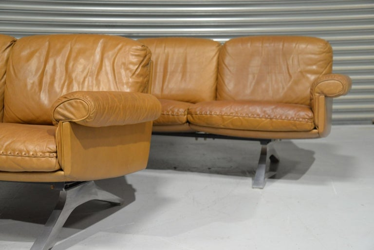 Vintage De Sede DS 31 Leather Sofa and Loveseat, Switzerland 1970s For Sale 4