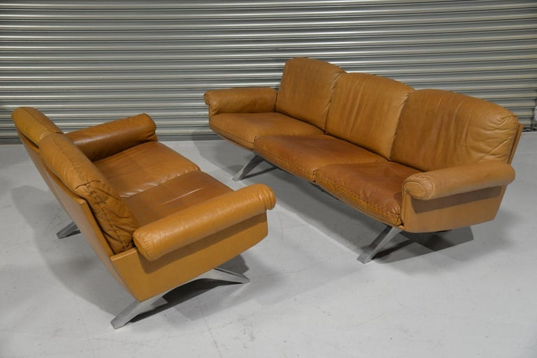 Mid-Century Modern Vintage De Sede DS 31 Leather Sofa and Loveseat, Switzerland 1970s For Sale