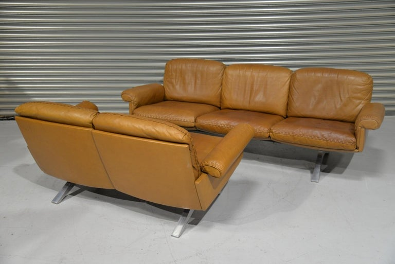 Swiss Vintage De Sede DS 31 Leather Sofa and Loveseat, Switzerland 1970s For Sale
