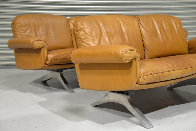 Vintage De Sede DS 31 Leather Sofa and Loveseat, Switzerland 1970s For Sale 1