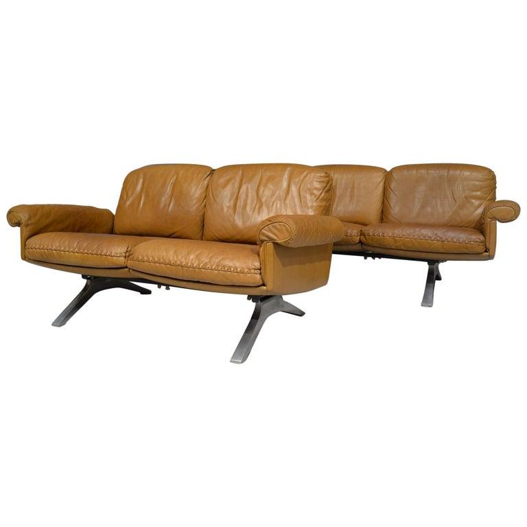 Vintage De Sede DS 31 Leather Sofa and Loveseat, Switzerland 1970s For Sale