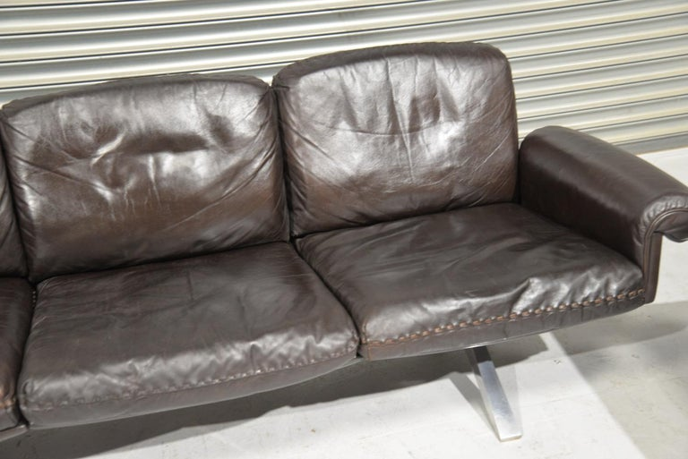 Vintage De Sede DS 31 Leather Sofa and Swivel Armchair, Switzerland, 1970s For Sale 5