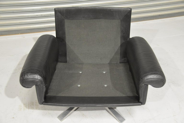 Vintage De Sede DS 31 Leather Sofa and Swivel Armchair, Switzerland, 1970s For Sale 12