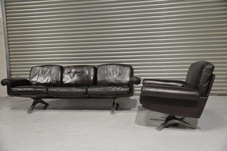 Mid-Century Modern Vintage De Sede DS 31 Leather Sofa and Swivel Armchair, Switzerland, 1970s For Sale