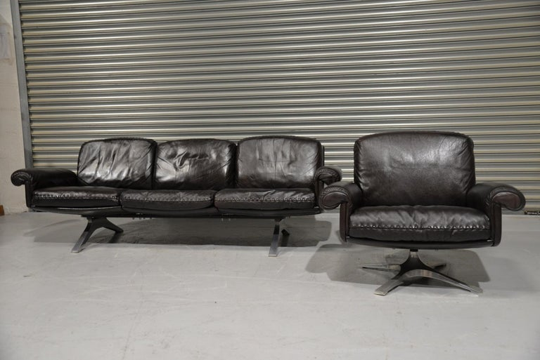 Swiss Vintage De Sede DS 31 Leather Sofa and Swivel Armchair, Switzerland, 1970s For Sale