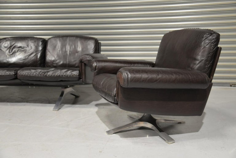 Late 20th Century Vintage De Sede DS 31 Leather Sofa and Swivel Armchair, Switzerland, 1970s For Sale