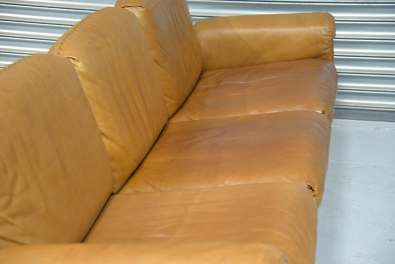 Vintage De Sede DS 31 Leather Sofa and Swivel Lounge Armchair, Switzerland 1970s For Sale 8