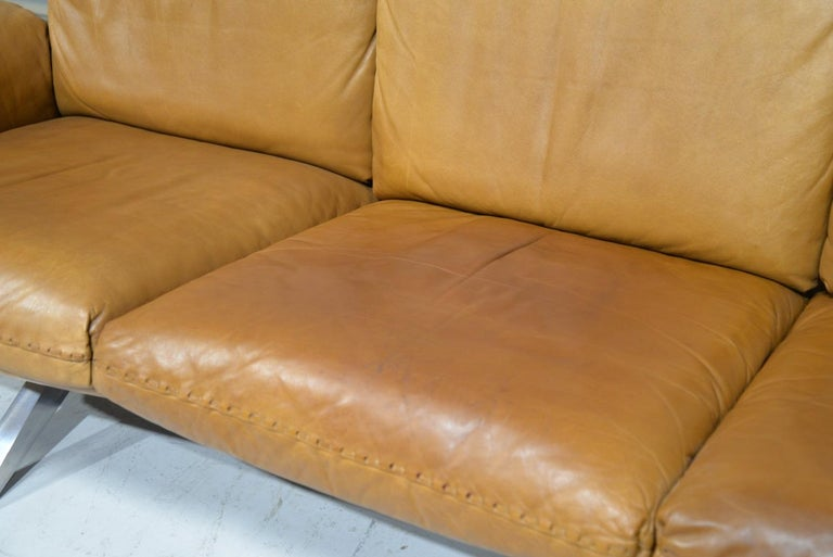 Vintage De Sede DS 31 Leather Sofa and Swivel Lounge Armchair, Switzerland 1970s For Sale 9