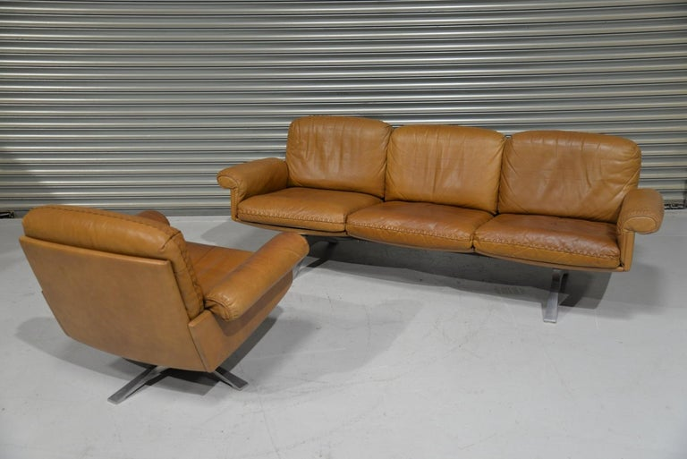 Mid-Century Modern Vintage De Sede DS 31 Leather Sofa and Swivel Lounge Armchair, Switzerland 1970s For Sale