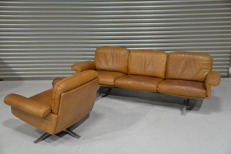 Swiss Vintage De Sede DS 31 Leather Sofa and Swivel Lounge Armchair, Switzerland 1970s For Sale