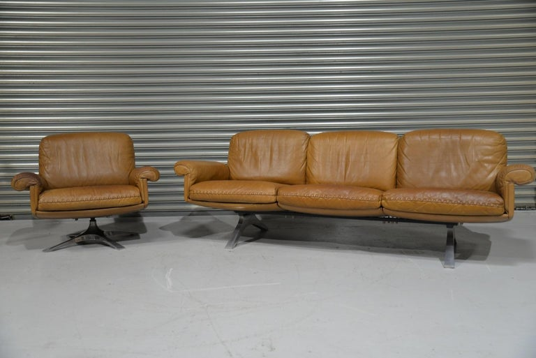 Late 20th Century Vintage De Sede DS 31 Leather Sofa and Swivel Lounge Armchair, Switzerland 1970s For Sale