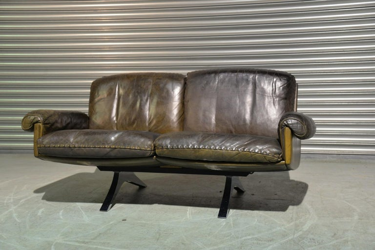 Swiss Vintage De Sede DS 31 Leather Two-Seat Sofa or Loveseat, Switzerland, 1970s For Sale