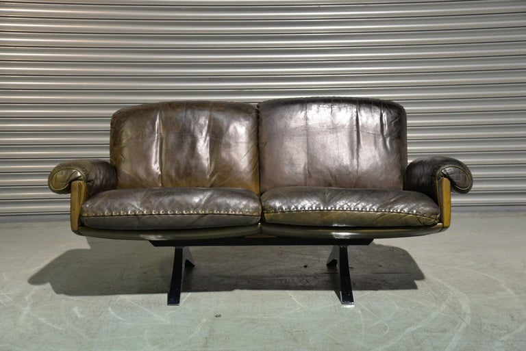Vintage De Sede DS 31 Leather Two-Seat Sofa or Loveseat, Switzerland, 1970s In Good Condition For Sale In Fen Drayton, Cambridgeshire