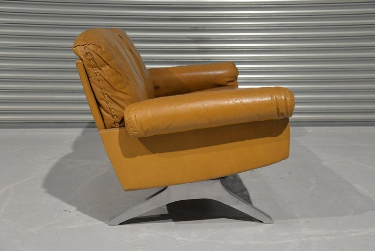 Vintage De Sede DS 31 Leather Two-Seat Sofa or Loveseat, Switzerland, 1970s For Sale 1
