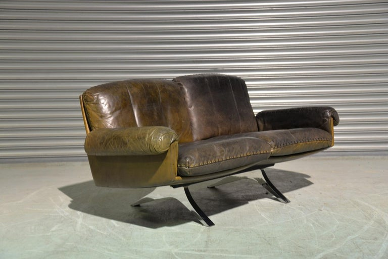 Vintage De Sede DS 31 Leather Two-Seat Sofa or Loveseat, Switzerland, 1970s For Sale 2