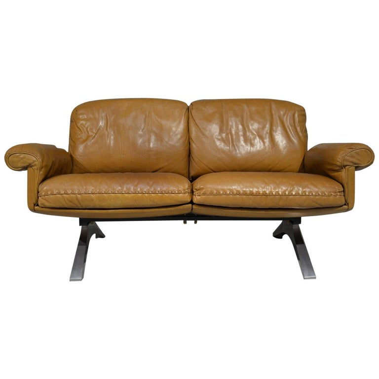 Vintage De Sede DS 31 Leather Two-Seat Sofa or Loveseat, Switzerland, 1970s For Sale