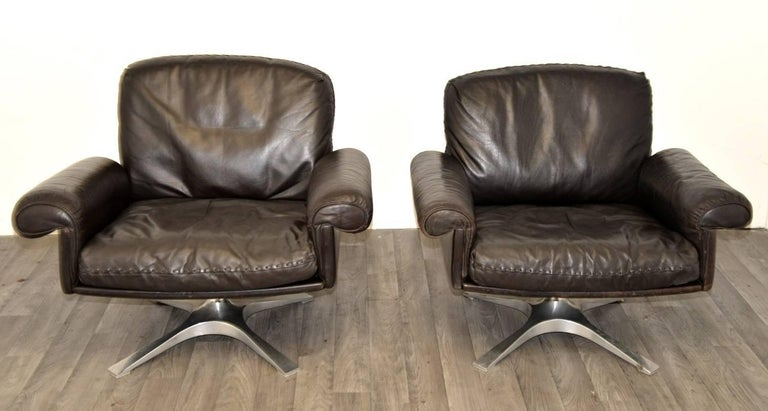 Vintage De Sede DS 31 Leather Sofa and Swivel Armchairs, Switzerland 1970s In Good Condition For Sale In Fen Drayton, Cambridgeshire